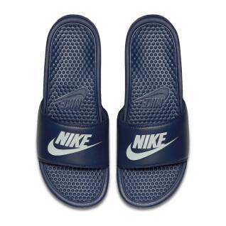"""Zapatos de claqué Nike Benassi """"Just Do It."""""""